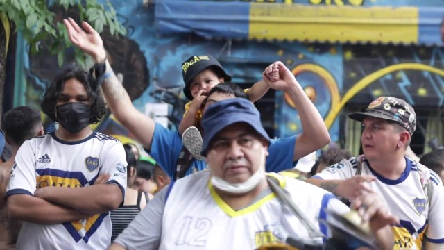 Argentina: Hundreds of Maradona fans celebrate Boca Fan Day in Buenos Aires