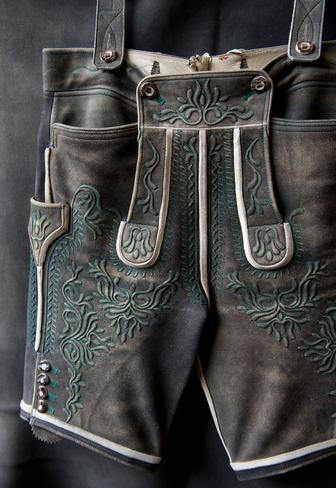 Тирольские шорты