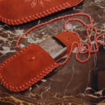 Кожаный чехол для сотового телефона