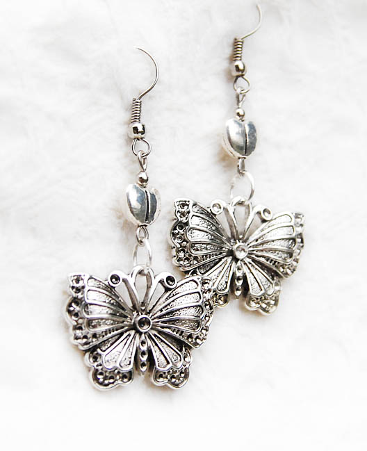 серьги с бабочками