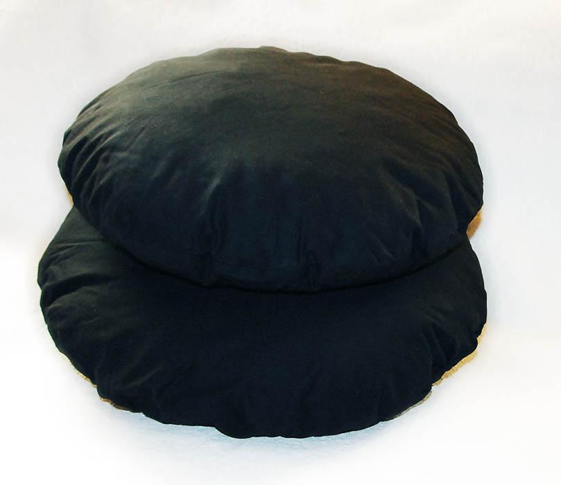 черные подушки круглые