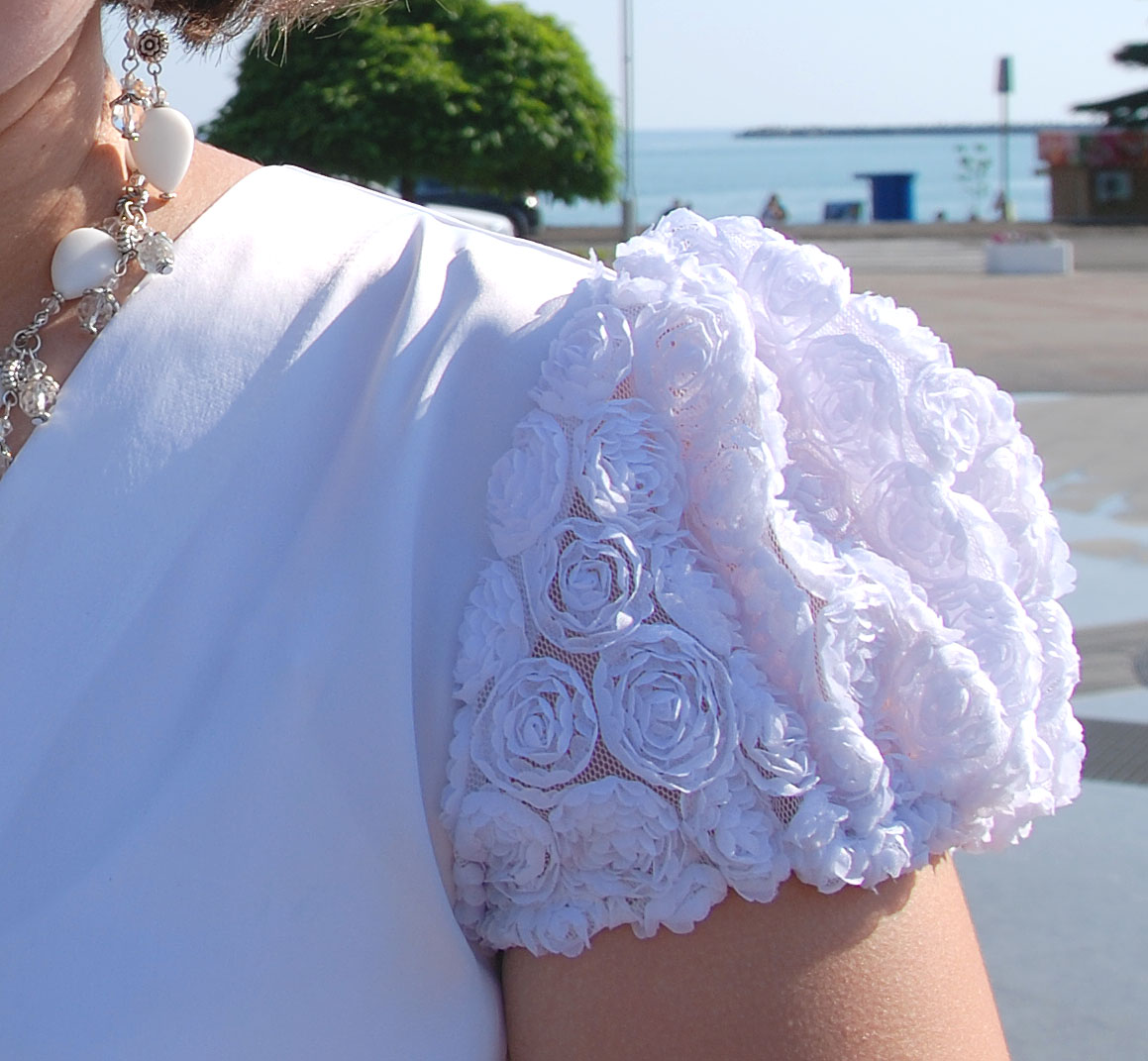 Розы на платье из ткани своими руками фото и 45