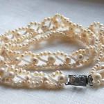 Как собрать ожерелье из бисера и жемчуга