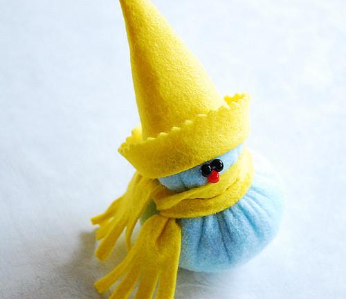 игрушка из флиса снеговик