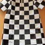 Как сшить карнавальный костюм Шахматной королевы своими руками