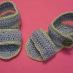 Вязаная обувь для малыша: босоножки крючком