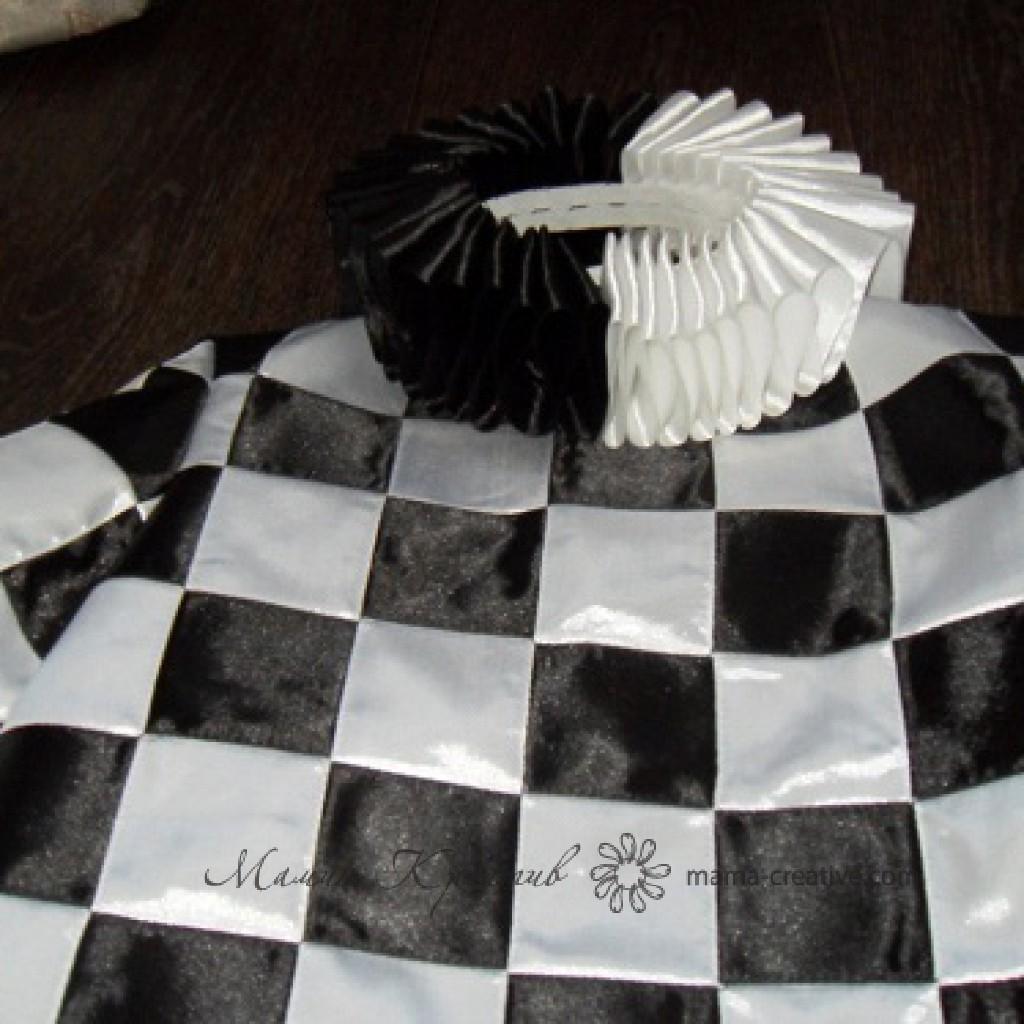 Воротник шахматной королевы своими руками