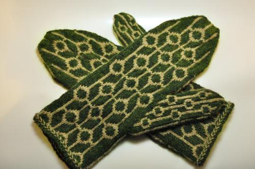 Как украсить рукавицы