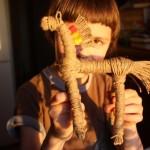 Детское творчество: лошадка из верёвки на Юрьев день